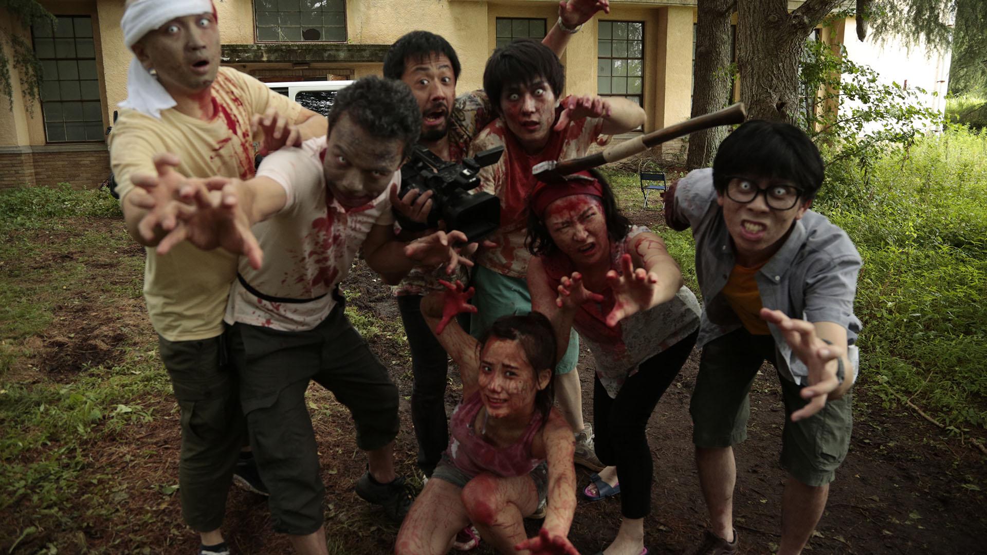 Las kaamera käib – zombid!